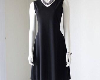 Sleeveless Black V-Neck Flare Dress
