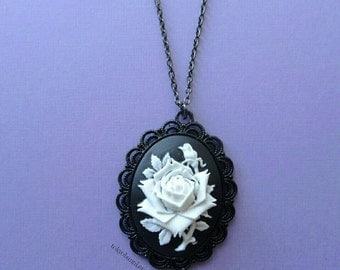 White  Rose Cameo Necklace-Gothic- Pastel Goth- Gothic Lolita- Sweet Lolita-JFashion- Harajuku- Fairy Kei- Creepy Cute-Kawaii