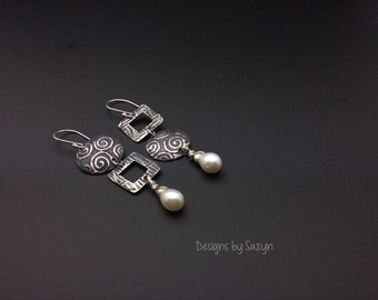 Pearlicious  Silver and Freshwater Pearl Briolettes