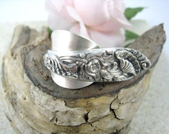 DOUBLE FINGER Spoon RING Near Sterling Silver 800, full wrap two finger ring, statement ring upcycled from Art Deco vintage spoon.