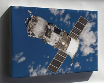 Canvas 16x24; Progress Spacecraft Russian