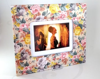Floral Fabric Photo Frame / Flowers / Floral Satin / Photoghaphy / Photoframe / Picture frame / home decor / floral gift / floral design