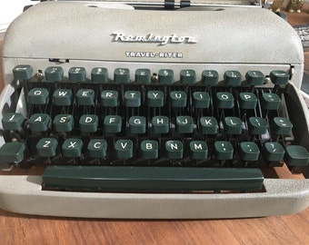 Vintage Remington Travel-riter