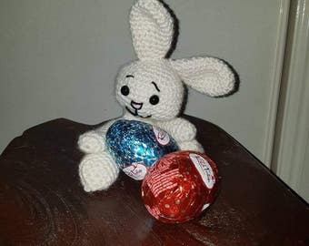 Crocheted Easter bunny