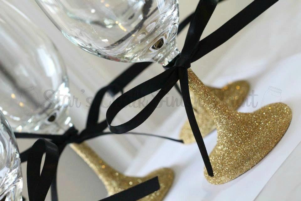 Gold Glitter Glasses Frames : Gold Glitter Wine Glasses with black Ribbon