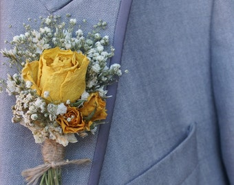 Happy Rose Garden Dried Flower Buttonhole