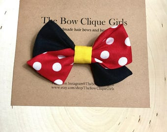 Minnie Mouse sailor bow. Disney Minnie Mouse hair bow, baby bows, photography hair bows