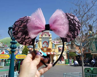 Very sparkly and Lacy Disney inspired Minnie mouse ears.