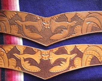 Beautiful hand tooled leather 1940s belt.