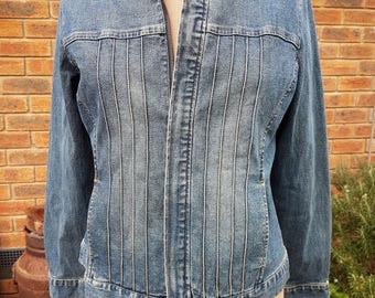 90s Vintage Denim jacket with front zip closure and pin tucks grunge clothing grunge jacket