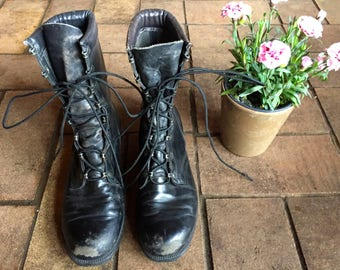 Vintage Combat boots//Altama black leather lace up army boots//size 8