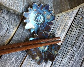 Ceramic Rustic Blue Flower Chopstick Rest | Set of 2 Stoneware Chopstick Holders | Pottery Flower chopstick rest | Sushi set