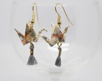 Cranes earrings grey Origami in Japanese paper and gray tassels