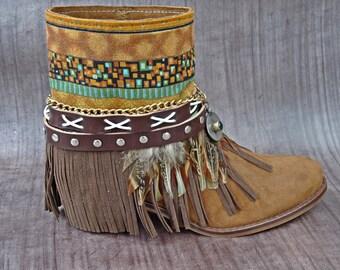 Latest boho boots handmade Num 40 Eu / 9 Us