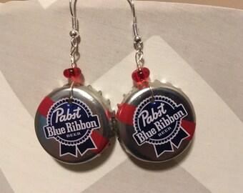 Pabst Blue Ribbon beerings! Upcycled beer cap earrings // beer jewelry // beer earrings