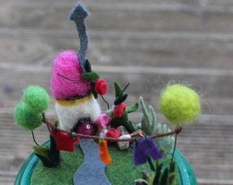Needle felted fairy house( la maisom magique)