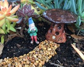 Gnome Garden Kit with Gnome, Mushroom House, and Pebble Pathway 2017-FGSET-05