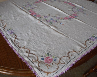 Vintage Muslin Tablecloth with hand Embroidery and crochet.