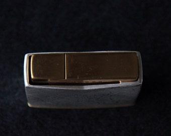 Table lighter