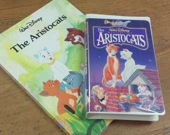 Walt Disney's Aristocats ~ Gallery Twin Books, 1988 and VHS Cassette Tape