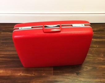 Vintage Red Hardshell Samsonite Large Luggage Suit Case