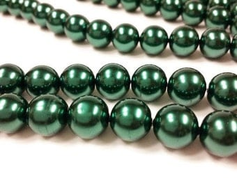 35 12mm green round glass pearls