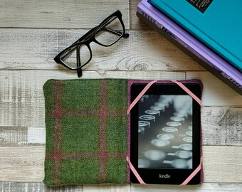 Kindle/Kindle Paperwhite Pure British Wool Tweed e-reader case
