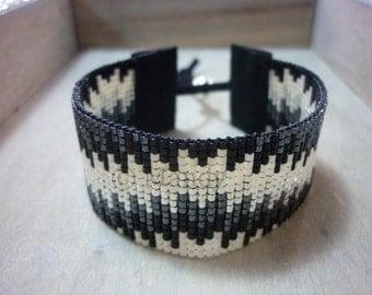 Hand-woven beaded bracelet bracelet Miyuki ibiza gray black chic Indian native handloom loom woven beaded bracelet beads