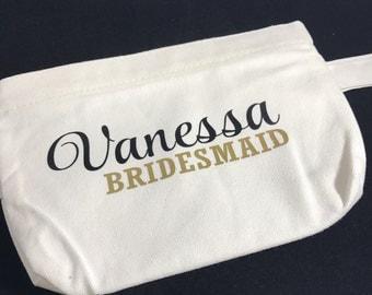 Bridesmaid Makeup Bag - Bridal party makeup - Custom Makeup Bag - Custom Costmetic Bag - Bridesmaid Gift