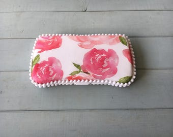 Roses in Watercolor, Wipe Case, Wipes Case, Wipes Holder, Travel Wipes Case, Baby Wipe Case, Baby Wipes Case, Diaper Bag, Baby Gift