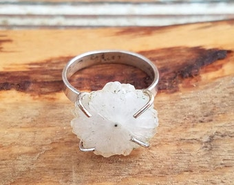 White flower ring Sterling silver ring white floral ring size 9 ring  white wedding sterling silver jewelry floral jewelry JZ1154