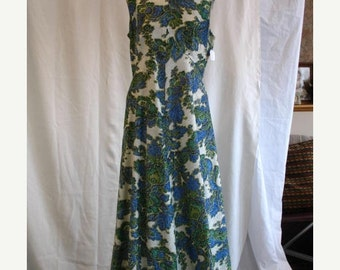 On Sale Early 1970's Evening Dress Sleeveless Green Blue Silver with Lurex Plus Size