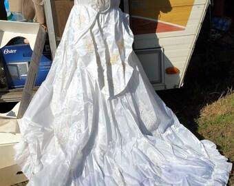 Vintage Wedding Dress Not Mint Make a Offer