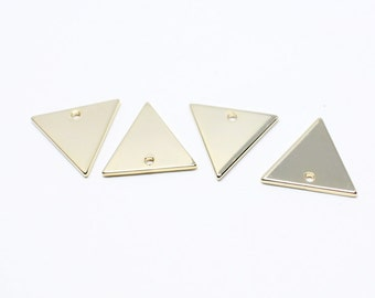 P0587/Anti-Tarnished Gold Plating Over Brass/Large Triangle Pendant/14mm/4pcs