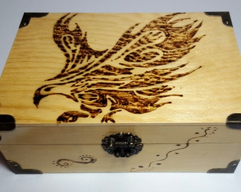 Wood box, woodburned box, gift for him, eagle, bird, bois brulé, cards box, wedding gift, watches box,  gift for dad, jewels box