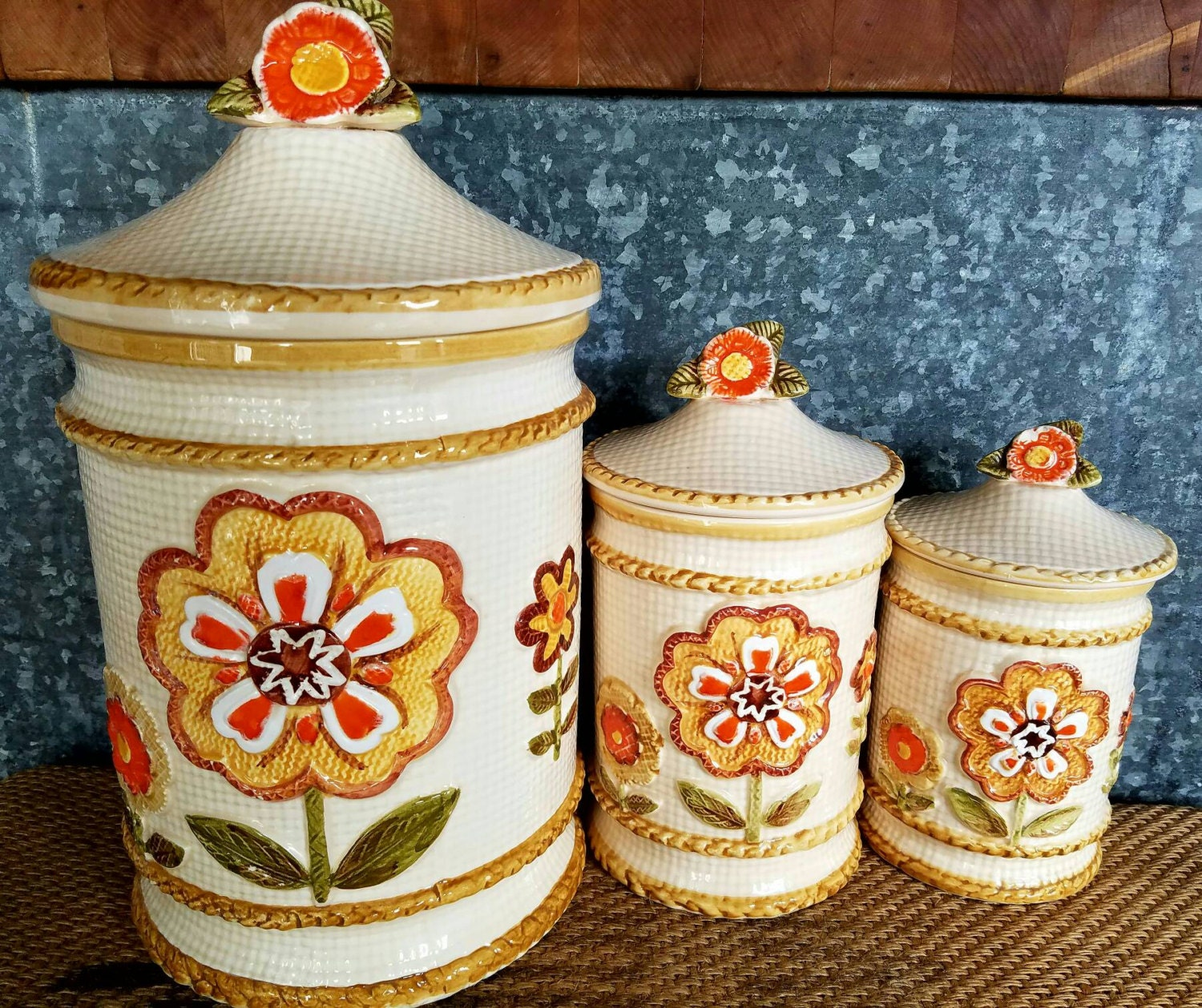 Retro ceramic kitchen canisters with orange by for Kitchen set orange