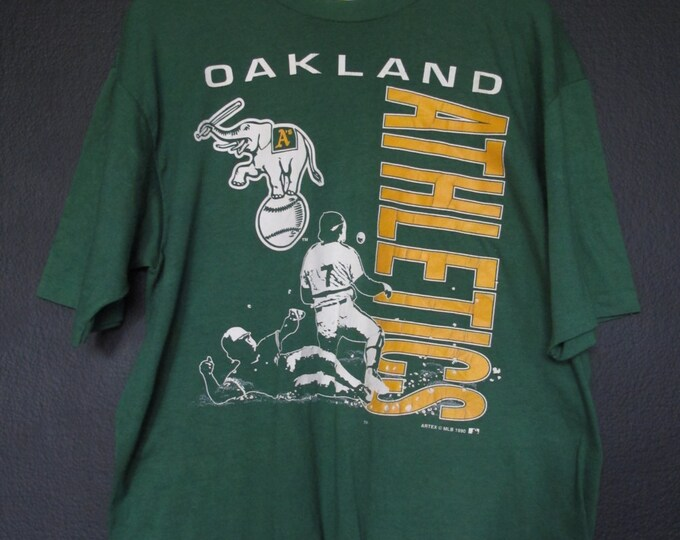 MLB Oakland Athletics A's MLB 1990 vintage Tshirt.