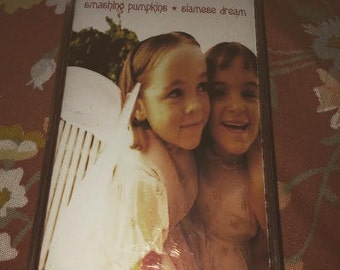 SOLD DO NOT buy Smashing Pumpkins cassette siamese Dream