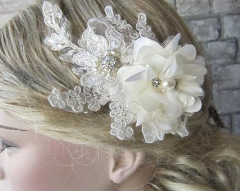Ivory lace hair comb/wedding headpiece, pearl lace hair,Wedding Jewelry,Veil Hair Comb