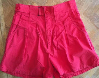Vintage red hihh waisted shorts