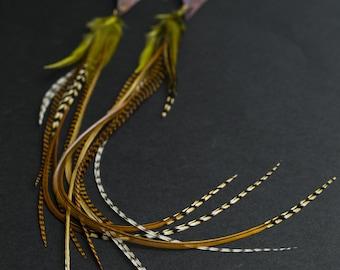 Hammered copper earrings with feathers Copper jewelry Hammered earrings Feather earrings Triangle earring Arrow Ethnic jewelry Long earrings