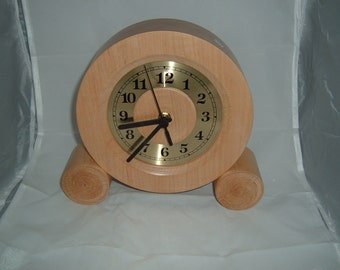 F 57 Mantle Clock