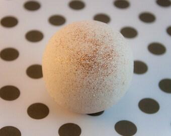 Sweet Creamccino - Coffee - Vanilla - Cream - Bath Bomb - Fizzy. Handmade - handcrafted.