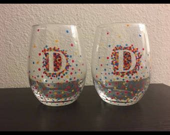 Initial or monogrammed dotted stemless wine glasses