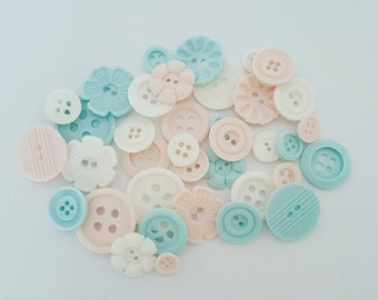 50 x fondant buttons diy wedding birthday party baby shower bridal shower cupcakes colours of your choice
