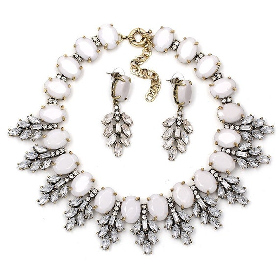 Crystal Leaves Gray Statement Necklace Set / Bold and Beautiful / Choker / Pendant / Bib/ Crystal Necklace