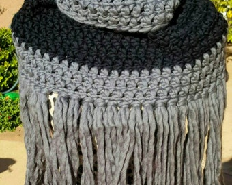 crochet infinity scarf, fringe scarf, crochet cowl, girlfriend gift, wife gift, boho accessories, gray alpaca scarf, black wool scarf