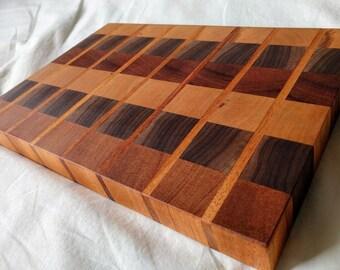 Color Block Striped Pattern End-Grain Chopping Board