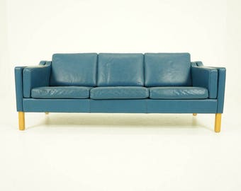 308-134 Danish Mid Century Modern Blue Leather Sofa Couch Original Beech