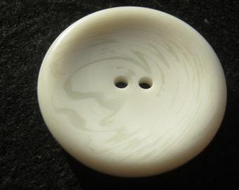 10 piece coat buttons marbled, cream color, diameter ca. 34 mm, new, Lübeck Knopfmamufaktur